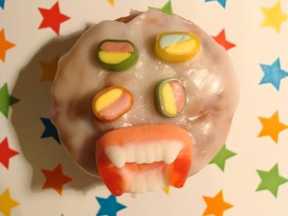 Muffin mit scharuigem Gesicht