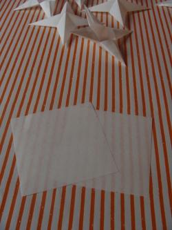 2 Blatt Papier 5x5cm