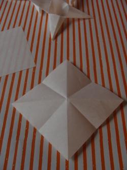 Gefaltetes Papier