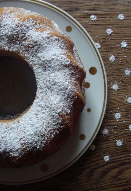 Marmorkuchen mit Punkten