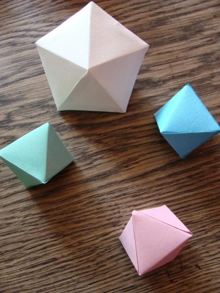 Papierdiamant und Kristalle