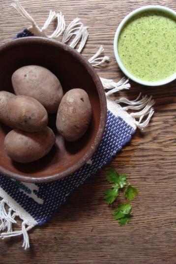 Mojo verde mit Kartoffeln