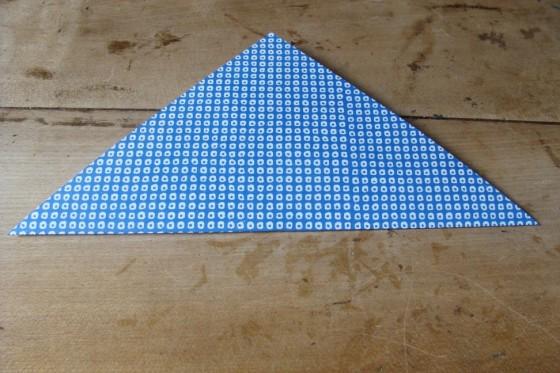Origamiblatt gefaltet
