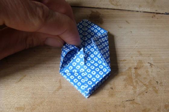 Origamiblatt Dreieck in Lasche