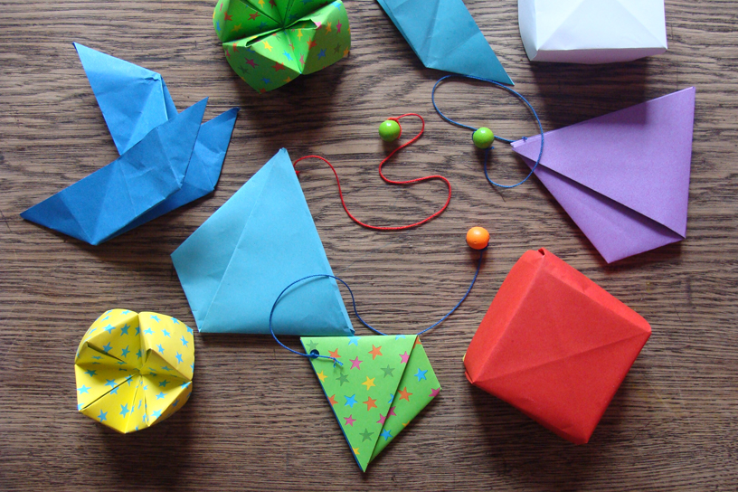 origami casa colorata. Black Bedroom Furniture Sets. Home Design Ideas